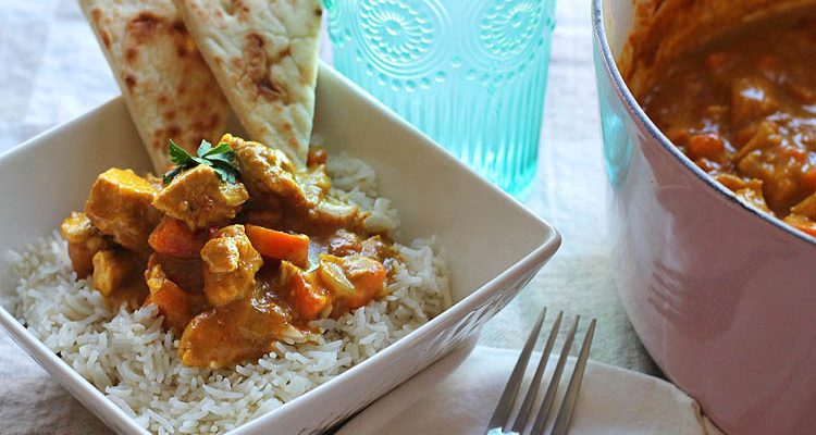 Pub Style Chicken Curry (Warning: You May Lick The Bowl)