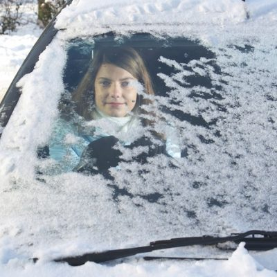 Teens and Distracted Driving – It's sNOw Joke