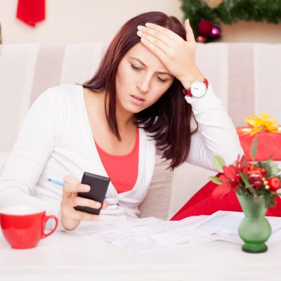Holiday Shopping Tips to Plug the Wallet Drain