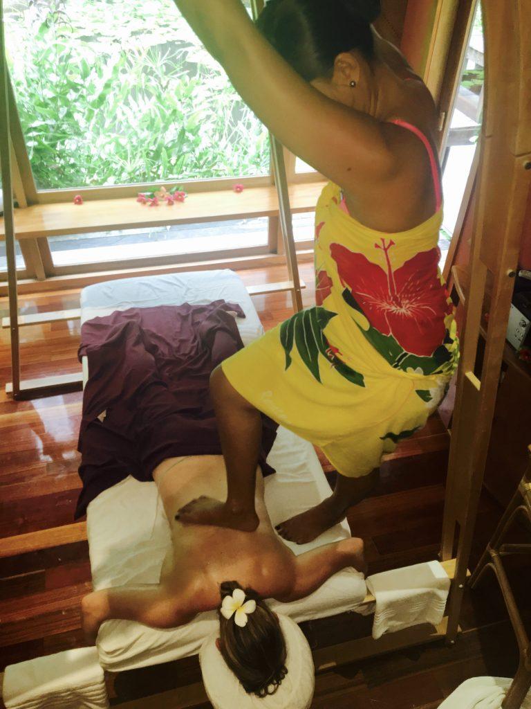 Avae Taurumi or Barefoot Massage