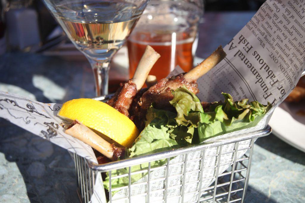 dining in tremblant, duck wings, margaritas