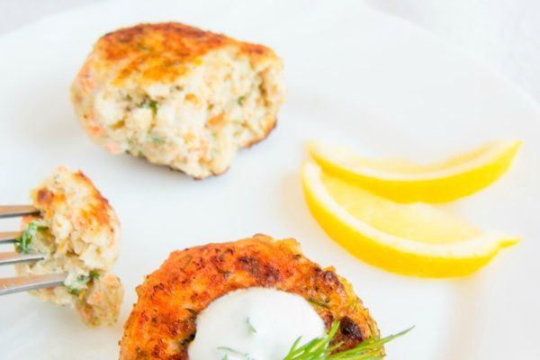 Grain Free Salmon Cakes That Will Win Your Family Over